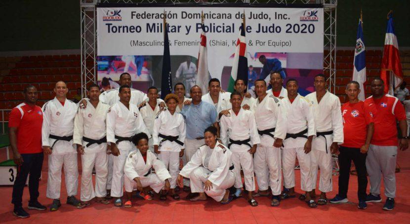 Integrantes del equipo de judo de la FARD, campeones del torneo de judo de los Juegos Militares y Policiales.