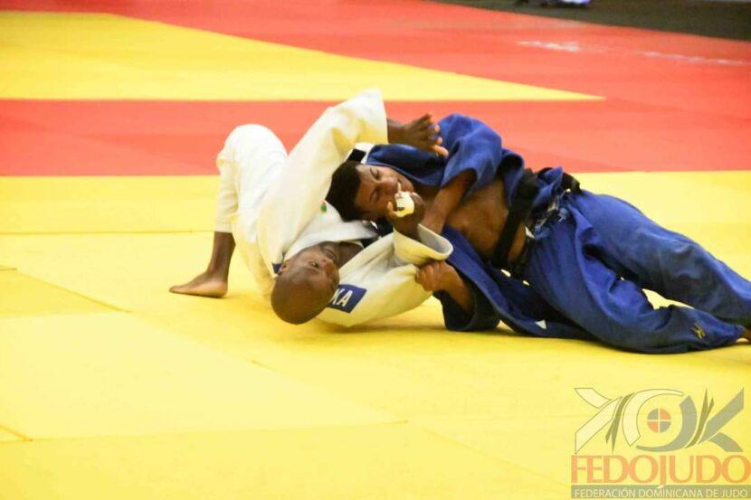 Albis Castro obtuvo el bronce en la categoría menos 81 kilos.